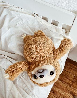 Іграшка м'яка у вигляді лінивця | 240349-12-XX