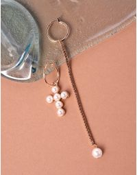 Сережки кільця з ланцюжком та хрестом із перлин | 237750-08-XX