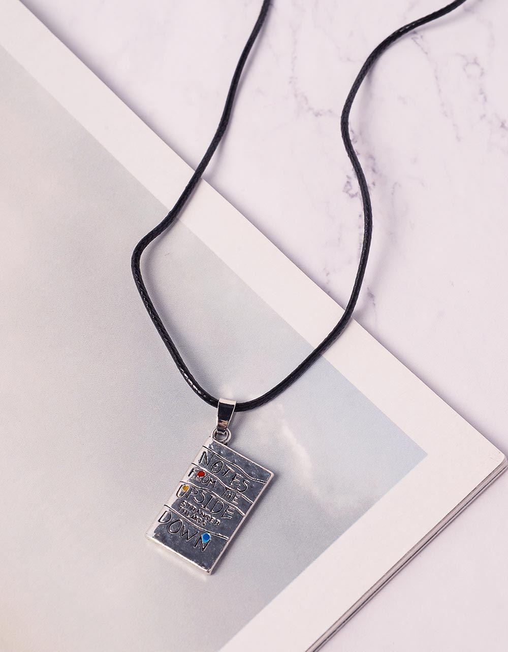 Підвіска із джгута з написом на кулоні | 239924-07-XX