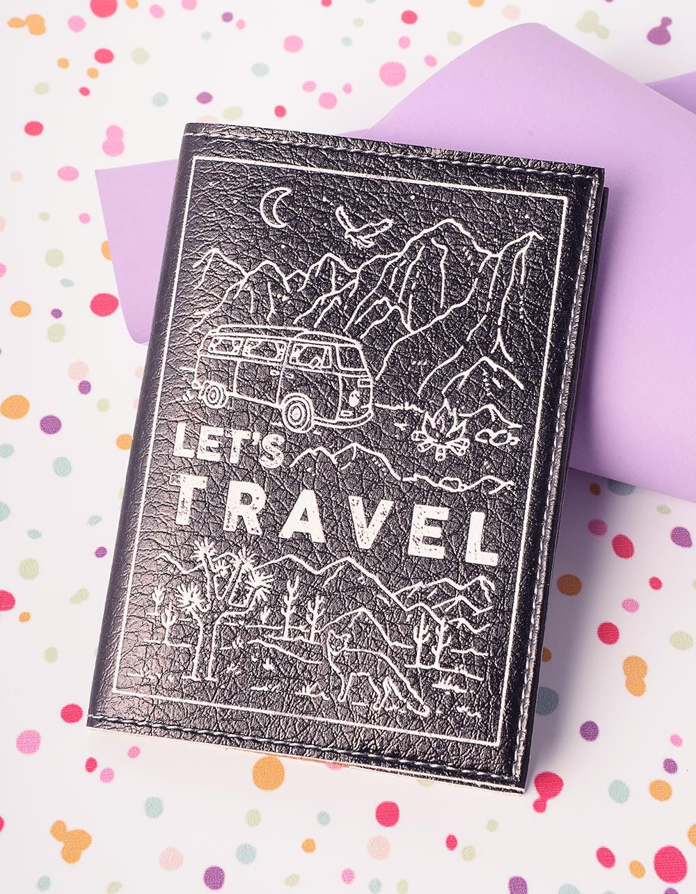 Обкладинка на паспорт з написом lets travel | 221337-02-XX