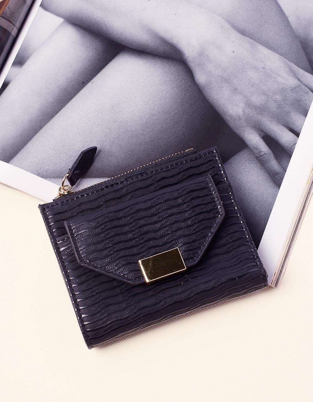 Гаманець портмоне зі смужками | 237642-02-XX