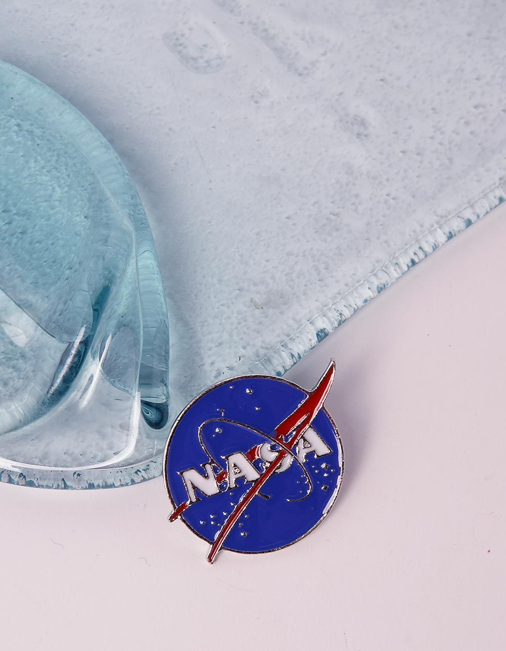 Брошка з написом NASA | 240628-13-XX