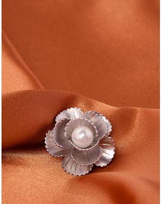 Брошка у вигляді  квітки   з перлиною | 240000-06-XX